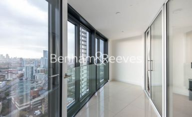 2 bedroom(s) flat to rent in Unex Tower, Stratford, E15-image 4