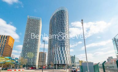 2 bedroom(s) flat to rent in Unex Tower, Stratford, E15-image 10