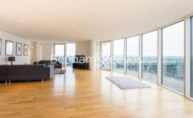 2 bedroom(s) flat to rent in Millharbour, Canary Wharf, E14-image 9