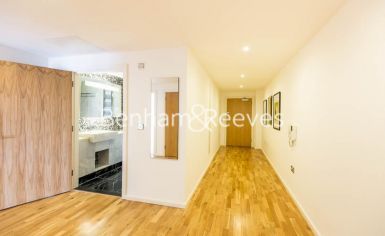 2 bedroom(s) flat to rent in Ability Place, Canary Wharf, E14-image 10