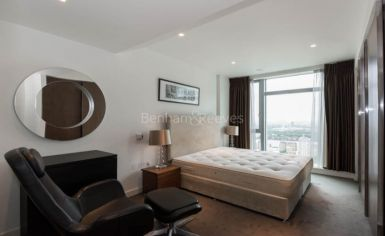 2 bedroom(s) flat to rent in Pan Peninsula, Canary Wharf, E14-image 7