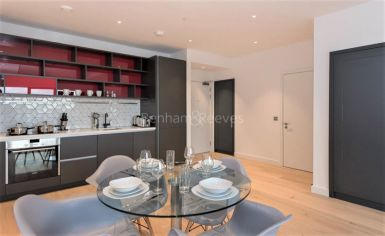 1 bedroom(s) flat to rent in Grantham House, Botanic Square, E14-image 3