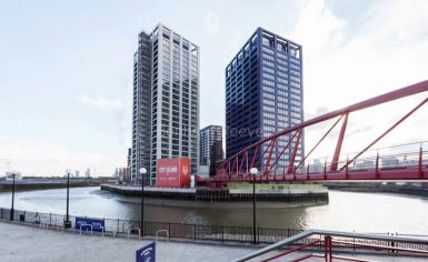 1 bedroom(s) flat to rent in Grantham House, Botanic Square, E14-image 11