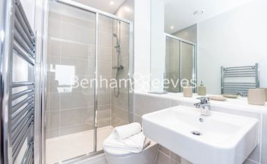 2 bedroom(s) flat to rent in Royal Dockside, Canary Wharf, E16-image 4