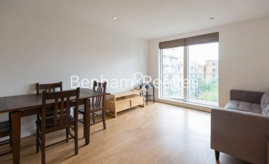 1 bedroom(s) flat to rent in Sargasso Court, Canary Wharf, E3-image 3