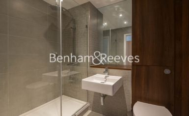 1 bedroom(s) flat to rent in Sargasso Court, Canary Wharf, E3-image 5