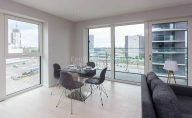 2 bedroom(s) flat to rent in Cassia Point, Glasshouse Gardens, E20-image 2
