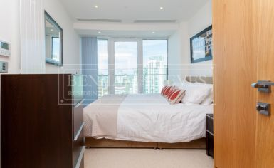 2 bedroom(s) flat to rent in Arena Tower, Canary Wharf, E14-image 6