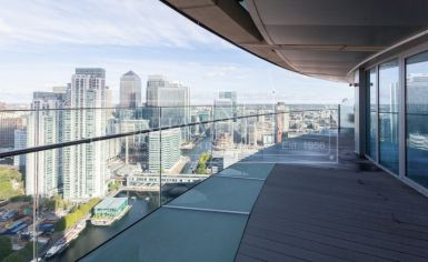 2 bedroom(s) flat to rent in Arena Tower, Canary Wharf, E14-image 9