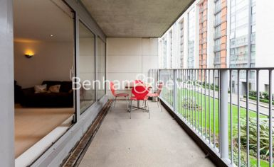 3 bedroom(s) flat to rent in Marmara Apartments, Canary Wharf, E16-image 5