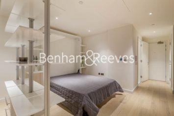 Studio flat to rent in Charrington Tower, Providence Wharf, E14-image 8