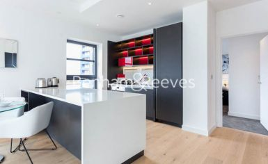 2 bedroom(s) flat to rent in Lyell Street, Canary Wharf, E14-image 2