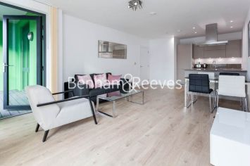 1 bedroom(s) flat to rent in Williamsburg Plaza, Poplar, E14-image 11