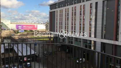 2 bedroom(s) flat to rent in Royal Docks West, Western Gateway, E16-image 11