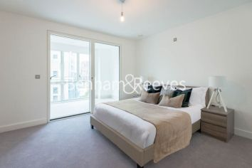 1 bedroom(s) flat to rent in Arniston Way, Canary Wharf, E14-image 3