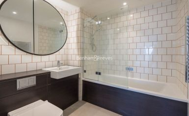 1 bedroom(s) flat to rent in Western Gateway, Canary Wharf, E16-image 5