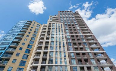 1 bedroom(s) flat to rent in Western Gateway, Canary Wharf, E16-image 11