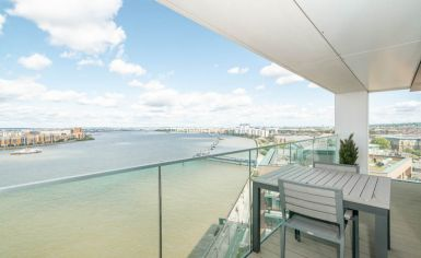 3 bedroom(s) flat to rent in Duke of Wellington Avenue, Canary Wharf, SE18-image 8