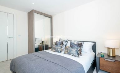 3 bedroom(s) flat to rent in Duke of Wellington Avenue, Canary Wharf, SE18-image 14