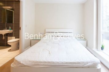 2 bedroom(s) flat to rent in LimeHouse, Canary Wharf, E14-image 9