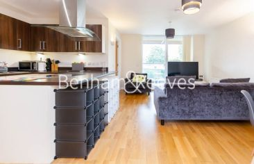 2 bedroom(s) flat to rent in LimeHouse, Canary Wharf, E14-image 13