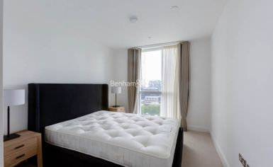 2 bedroom(s) flat to rent in Sirocco Tower, Harbour Quay, E14-image 5