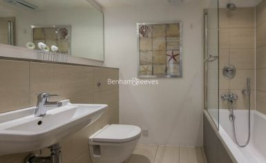 1 bedroom(s) flat to rent in Aurora Building, Blackwall Way, E14-image 5