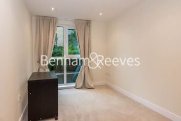 2 bedroom(s) flat to rent in Lensbury Avenue, Imperial Wharf, SW6-image 3