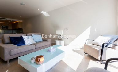 Studio flat to rent in Octavia House, Imperial Wharf, SW6-image 1