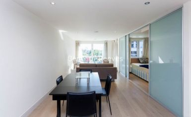 Studio flat to rent in Octavia House, Imperial Wharf, SW6-image 3