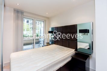 Studio flat to rent in Townmead Road, Imperial Wharf, SW6-image 3