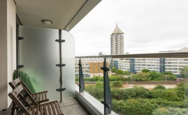 Studio flat to rent in Townmead Road, Fulham, SW6-image 5
