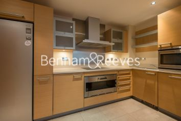 2 bedroom(s) flat to rent in Fountain House, Imperial Wharf, SW6-image 2