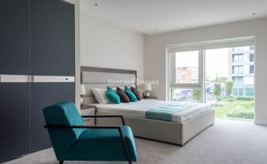 2 bedroom(s) flat to rent in Thurstan Street, Chelsea Creek, SW6-image 4