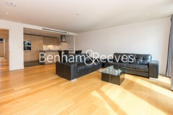 3 bedroom(s) flat to rent in Mahogany House, Imperial Wharf, SW6-image 1