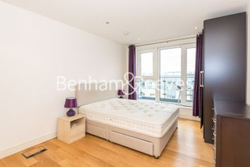 3 bedroom(s) flat to rent in Mahogany House, Imperial Wharf, SW6-image 3