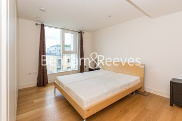 3 bedroom(s) flat to rent in Mahogany House, Imperial Wharf, SW6-image 8