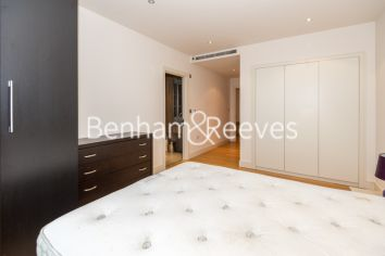 3 bedroom(s) flat to rent in Mahogany House, Imperial Wharf, SW6-image 11