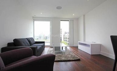 1 bedroom(s) flat to rent in Central Avenue, Fulham, SW6-image 1