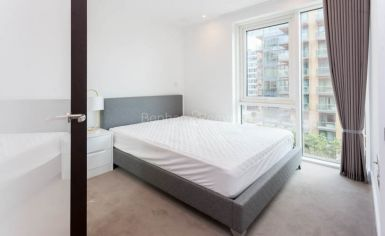 1 bedroom(s) flat to rent in Discovery House, Battersea Reach, SW18-image 6