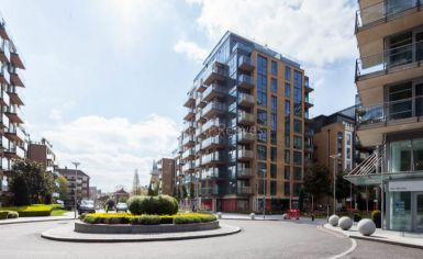 1 bedroom(s) flat to rent in Discovery House, Battersea Reach, SW18-image 11