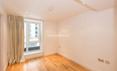 3 bedroom(s) flat to rent in Lensbury Avenue, Fulham, SW6-image 4