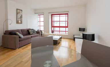 1 bedroom(s) flat to rent in West Stand Apartments, Highbury Stadium Square, N5-image 2