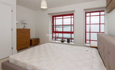 1 bedroom(s) flat to rent in West Stand Apartments, Highbury Stadium Square, N5-image 5