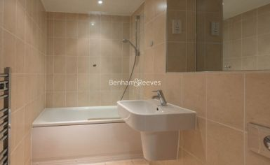 1 bedroom(s) flat to rent in West Stand Apartments, Highbury Stadium Square, N5-image 8