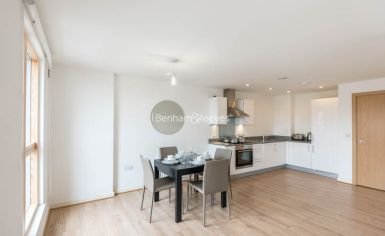 1 bedroom(s) flat to rent in Sussex Way, Holloway, N7-image 3