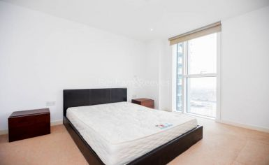 1 bedroom(s) flat to rent in Residence Tower, Woodberry Grove, N4-image 4