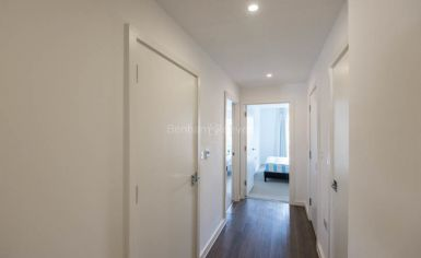 2 bedroom(s) flat to rent in Loxford Gardens, Highbury, N5-image 5