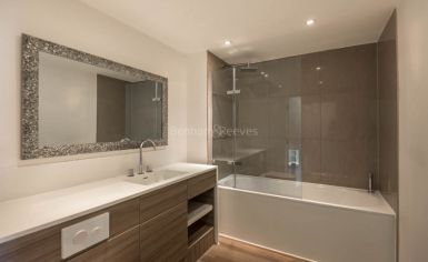 2 bedroom(s) flat to rent in Loxford Gardens, Highbury, N5-image 6