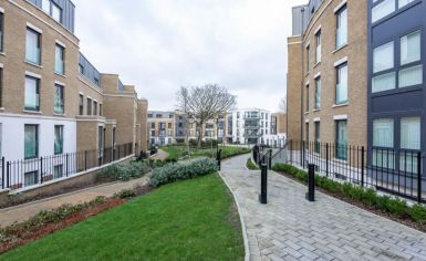 2 bedroom(s) flat to rent in Loxford Gardens, Highbury, N5-image 7
